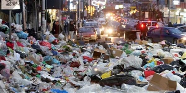 Andrea Grossi - Italia paralizzata dai rifiuti
